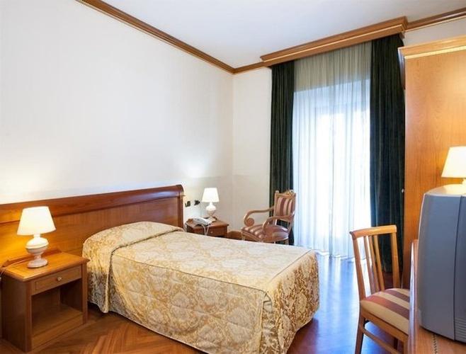 Habitación individual hotel marconi milán