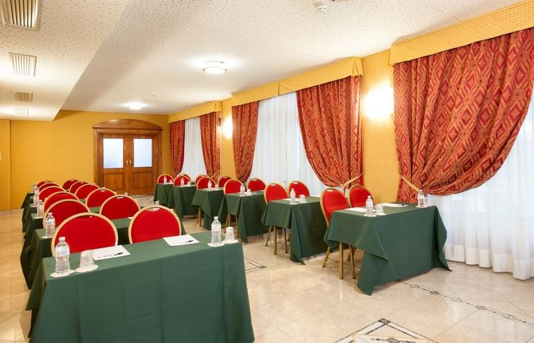 Sala de reuniones hotel marconi milán